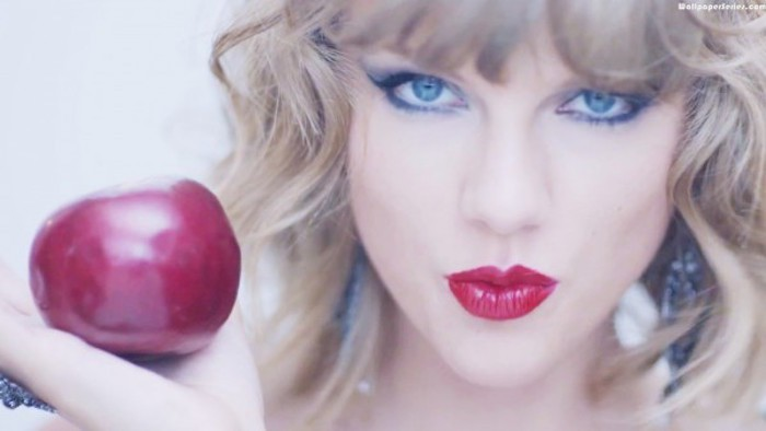 Taylor-swift-apple