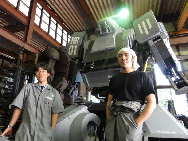 Giant Robot Fights US vs. Japan Robot Challenge (Image Courtesy www.japantimes.com)