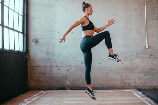 Lululemon yoga pants provide complete freedom of movement whether they are used during yoga exercises or high impact workouts