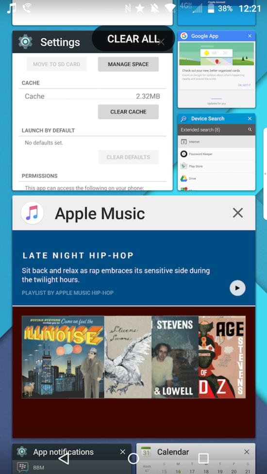 BlackBerry Priv Multitasking Menu is similar to that of WIndows 10 Apps Mosaic
