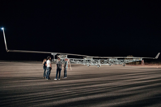 Facebook's Aquila the world's first solar-powered wireless drone takes fight 1
