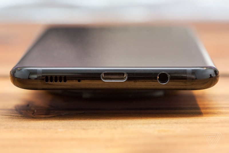 Samsung Galaxy S8 and S8 Plus have a USB-C port and the 3.5mm headphone jack (hallelujah) are located on the bottom of the phone
