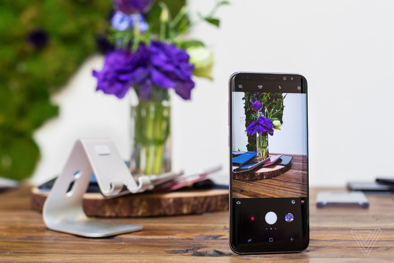 Samsung Galaxy S8 and S8 Plus camera photography