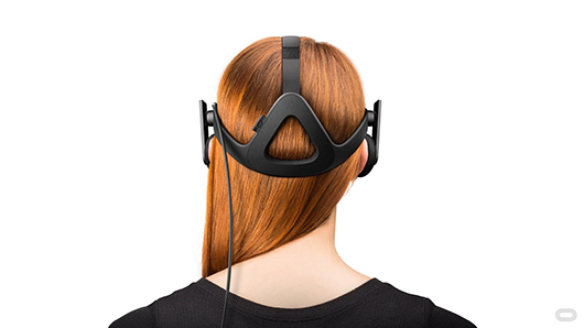 The consumer Rift virtual reality headset has an advanced ergonomic design improves the headset's overall balance and stability. This strap architecture offloads the overall weight, allowing the Rift to rest comfortably
