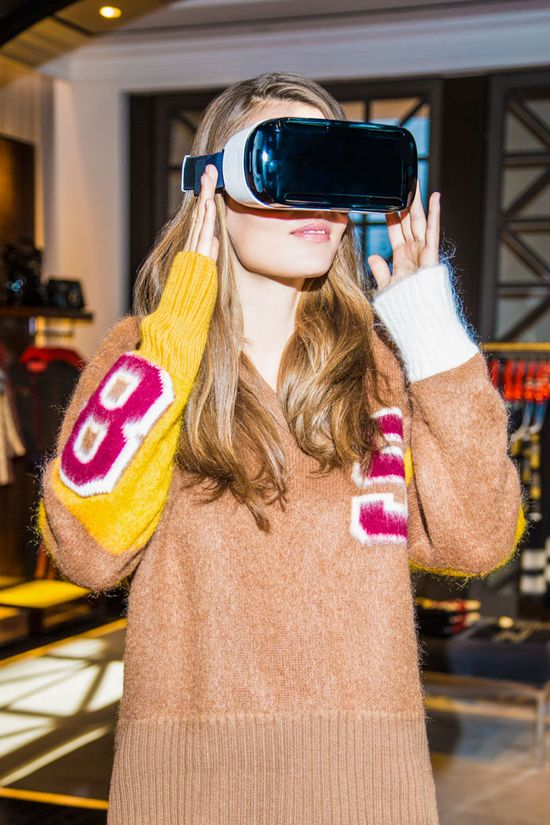 03990f98 Tommy Hilfiger introduces VR headsets in selected stores 2
