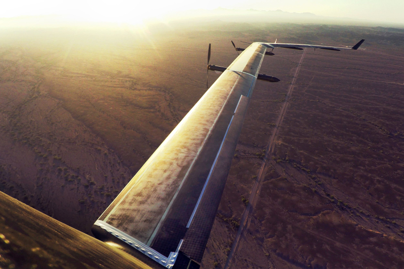 Facebook's Aquila the world's first solar-powered wireless drone takes fight 5